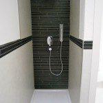 esempi di docce, bagni, rifiniture
