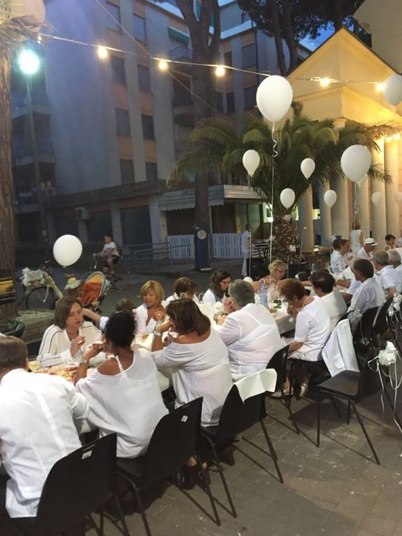 WHITE STREET DINNER al Lido degli Estensi!